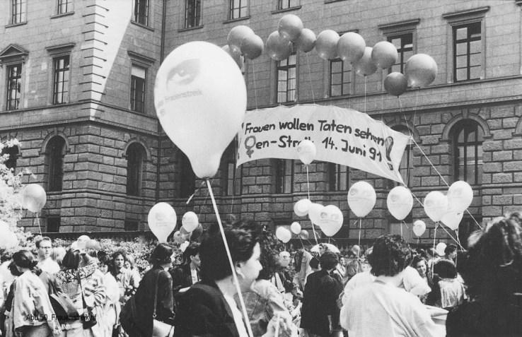 Frauenstreik 1991: wir wollen Taten sehen